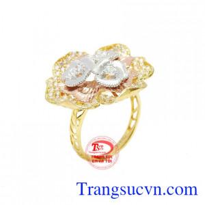Nhẫn hoa vàng 10k