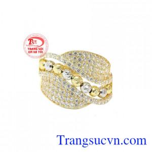 Nhẫn luôn là sản phẩm trang sức không thể thiếu của phái nữ