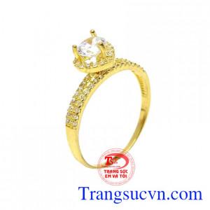 Nhẫn nữ vàng 10k trái tim là sản phẩm được chế tác tinh xảo và tỉ mỉ