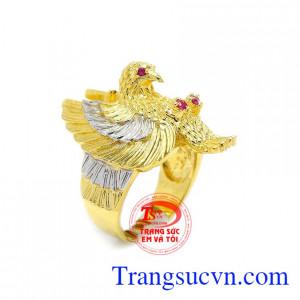 Nhẫn đại bàng dũng mãnh được chế tác từ vàng 10k