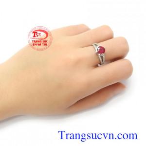 Nhẫn nữ Ruby tài lộc may mắn vàng trắng 10k sang trọng, tinh tế, thời trang