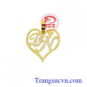 Mặt dây chữ tình yêu
