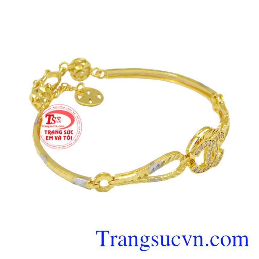 Lắc tay Chanel vàng 10k toát lên vẻ sang trọng, quý phái cho người đeo.