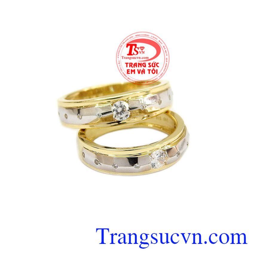 Nhẫn cưới giúp các đôi uyên ương kết nối lại bên nhau, cũng như đánh dấu cột mốc quan trọng trong mỗi người