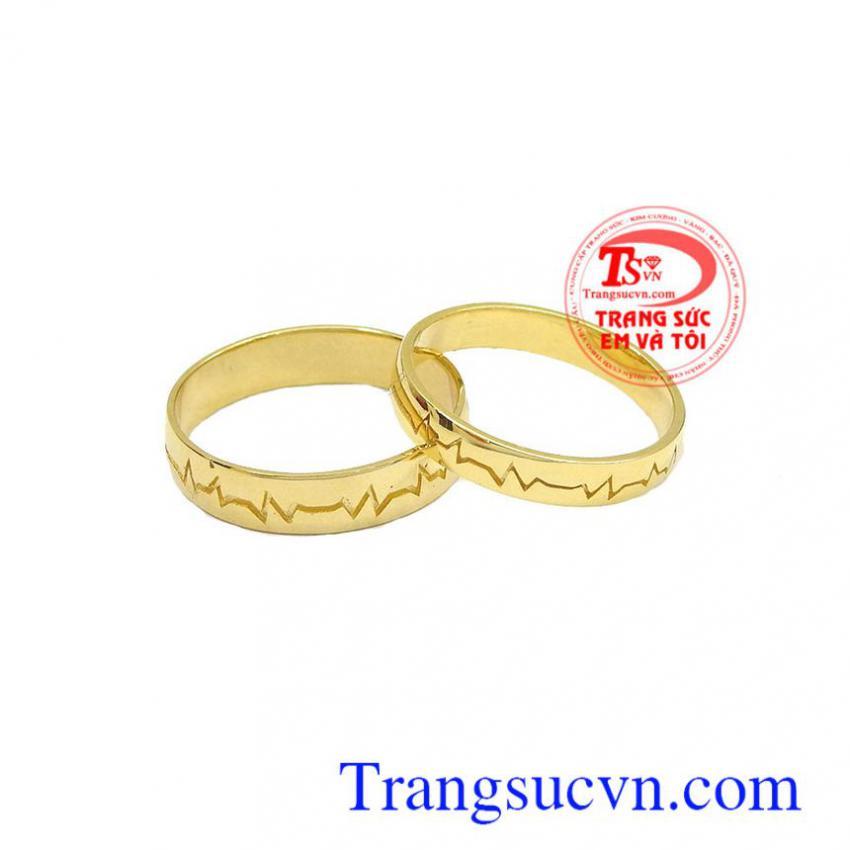 Nhẫn cưới nhịp đập trái tim
