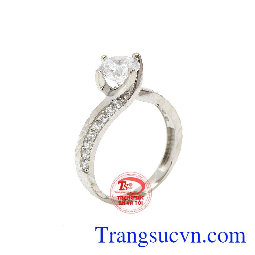 Nhẫn nữ vàng trắng kiều diễm