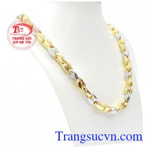 Dây chuyền vốn là món trang sức được phái mạnh yêu thích để thể hiện cá tính