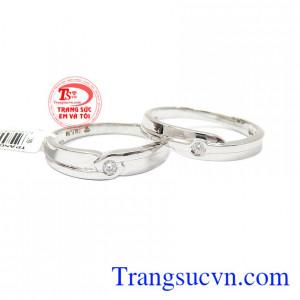 Đôi nhẫn cưới vàng 18k Ialia + kim cương