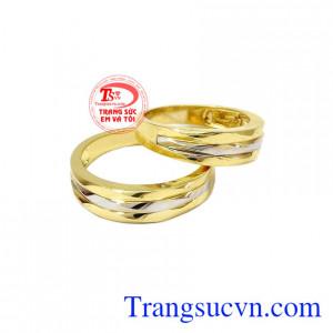 Nhẫn cưới 10k Korea đẹp được chế tác và nhập khẩu nguyên chiếc từ Hàn Quốc