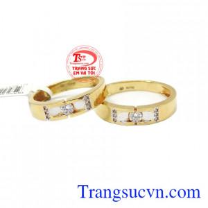 Đôi Nhẫn cưới vàng 18k tình yêu trọn vẹn khắc chữ miễn phí,Nhẫn cưới vàng 18k tình yêu trọn vẹn