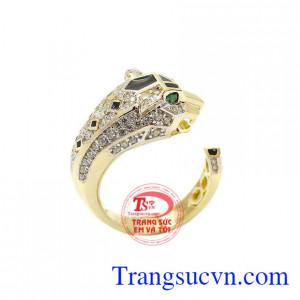 Nhẫn nam Korea báo đốm là sản phẩm được phái mạnh đặc biệt ưa chuộng, mang lại phong cách sang trọng, thời trang và đẳng cấp