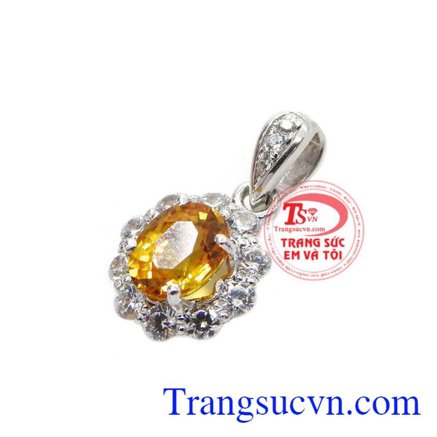 Mặt dây Sapphire chất lượng mang đến sự sang trọng, thanh nhã mà vô cùng nữ tính