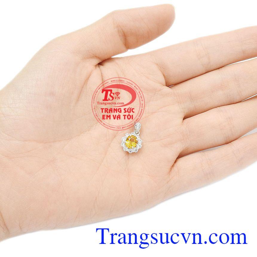 Mặt dây Sapphire chất lượng hứa hẹn mang đến sự tỏa sáng cho người sử dụng