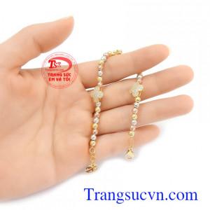 Lắc tay vàng tây uy tín, chất lượng, giao hàng nhanh trên toàn quốc Lắc tay bi vàng xinh xắn