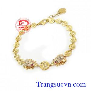 Lắc tay vàng tây 10k là món quà ý nghĩa dành tặng người yêu thương Lắc tay nữ vàng tây may mắn