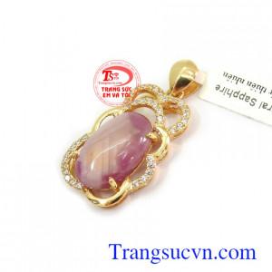 Mặt dây chuyền đá Sapphire phù hợp phong cách và phong thủy Mặt dây Sapphire tài lộc