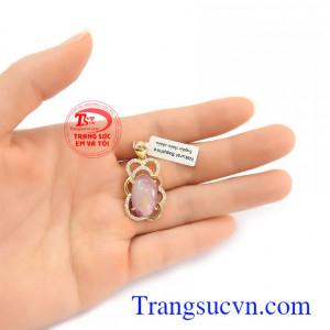 Mặt dây chuyền Sapphire thiên nhiên là món quà ý nghĩa dàng tặng người yêu thương Mặt dây Sapphire tài lộc