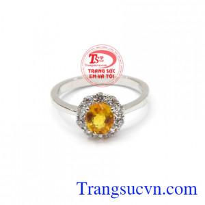 Nhẫn nữ Sapphire chất lượng đem đến vẻ đẹp tinh tế, thanh lịch cho người phụ nữ