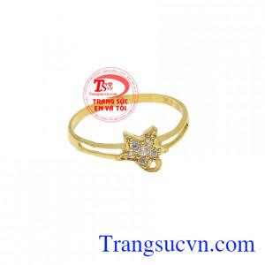 Nhẫn vàng nữ ngôi sao đẹp