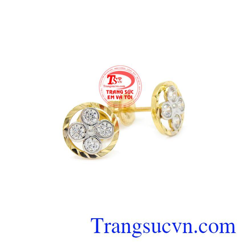Hoa tai nữ hoa vàng 10k Korea mang lại vẻ trẻ trung, nữ tính của người đeo.