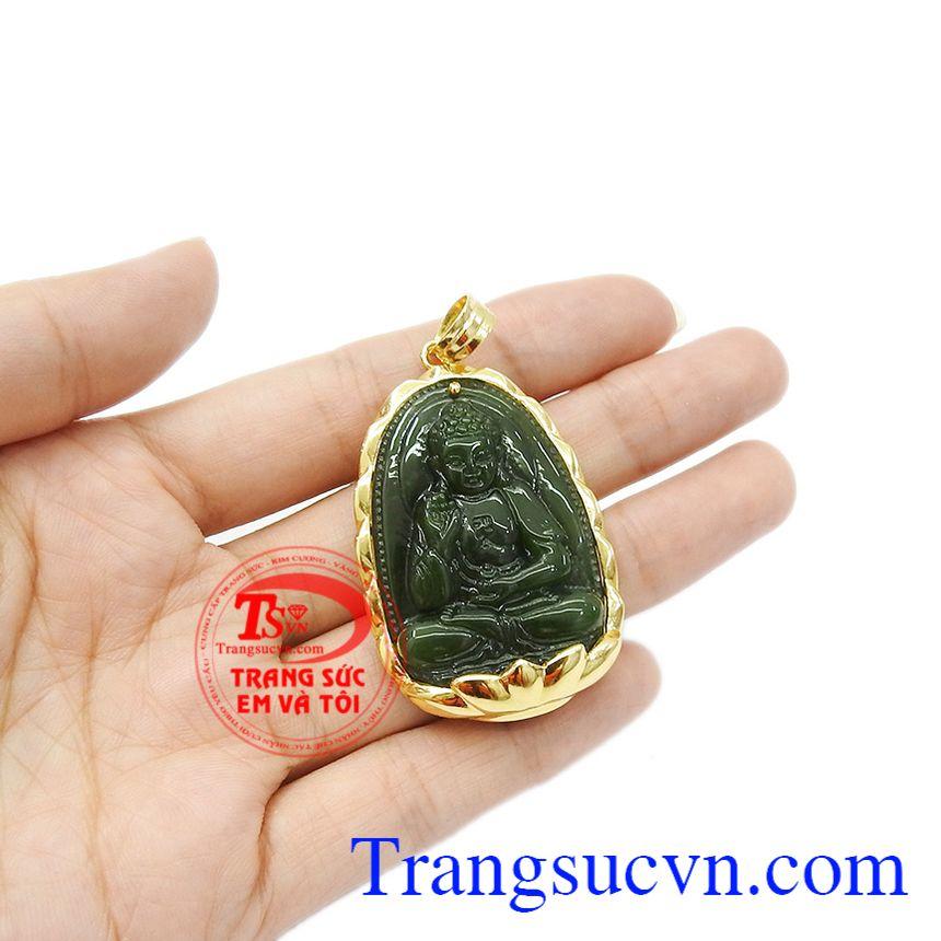 Mặt dây bọc vàng bảo vệ cho mặt đá được bền đẹp hơn. Mặt phật nepherite tuổi tuất-tuổi hợi