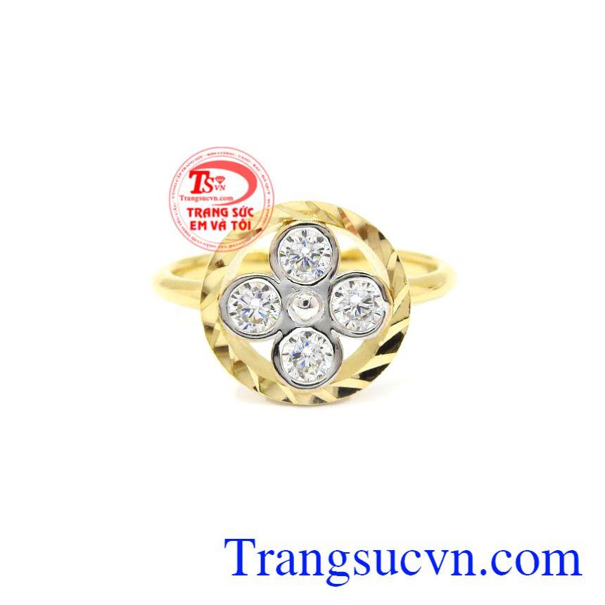 Nhẫn nữ hoa vàng 10k Korea trẻ trung, nữ tính, độc đáo phù hợp với những cô nàng thích sự khác lạ.