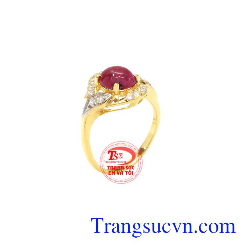 Nhẫn nữ Ruby quý phái