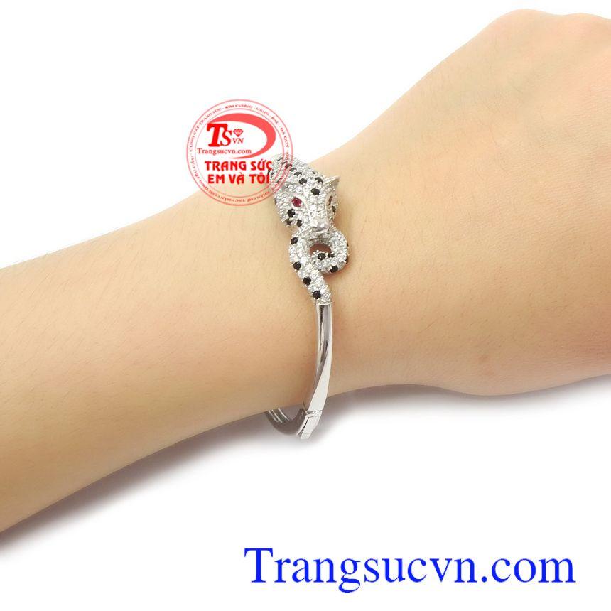 Vòng tay vàng trắng Korea 10k thương hiệu uy tín, chất lượng, giao hàng nhanh trên toàn quốc.