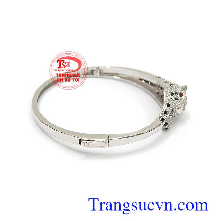 Vòng tay vàng trắng Korea 10k sang trọng, tinh tế và quý phái, là dòng sản phẩm rất được phái đẹp ưa chuộng