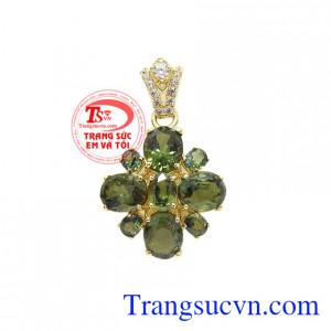 Mặt dây sapphir quý phái