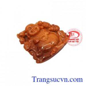 Ngọc cẩm thạch huyết là một trong những loại đá quý thuộc hạng thượng đẳng. Mặt phật Di Lặc ngọc cẩm thạch huyết