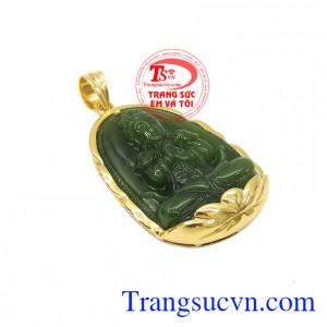 Mặt phật nepherite tuổi mùi-tuổi thân được chế tác từ ngọc cẩm thạch thiên nhiên và vàng tây 14k sáng bóng.