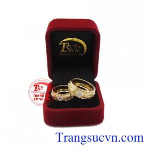 Nhẫn cưới bền đẹp và tinh tế. Nhẫn cưới song long chầu nguyệt