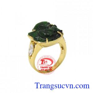 Nhẫn nữ hồ ly 18k được xem là biểu tượng của tình duyên, mang lại sức mạnh thu hút về tình duyên cho người đeo