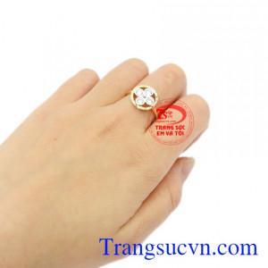 Nhẫn nữ hoa vàng 10k Korea đẹp.