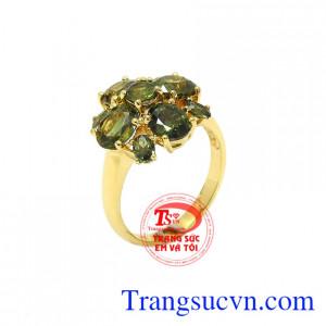 Nhẫn sapphir quý phái