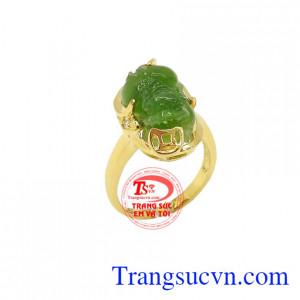 Nhẫn Tỳ Hưu Tài Lộc mang đến vận may về tài lộc, là sản phẩm được chế tác đẹp, tinh xảo