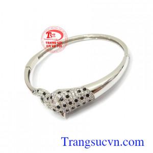 Vòng tay vàng trắng Korea 10k phù hợp làm quà tặng cho người yêu thương