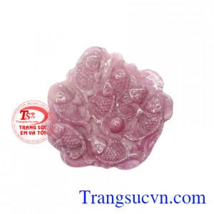 Mặt cá chép ruby chất lượng là sản phẩm được chế tác từ đá ruby thiên nhiên chất lượng.