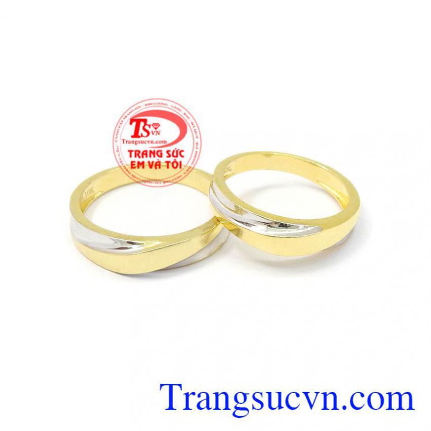Nhẫn cưới hạnh phúc bên nhau