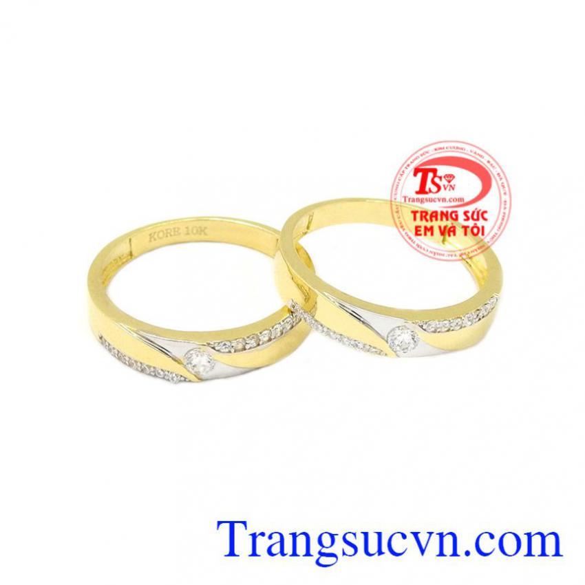 Nhẫn cưới vàng tình yêu lứa đôi