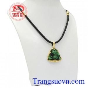 Bộ mặt dây Di Lặc Jadeite đem lại may mắn về sức khỏe và tài lộc cho người đeo.