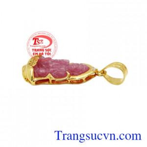 Mặt dây quan âm ruby bình an có giấy kiểm định uy tín.