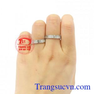 Nhẫn cưới vàng trắng Cartier vàng 10k.