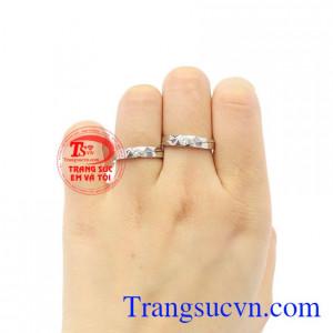 Nhẫn cưới vàng trắng xinh xắn vàng 10k chất lượng.