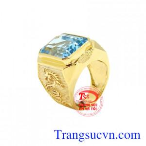 Nhẫn nam rồng vàng Topaz là sản phẩm được chế tác từ tinh tế từ đá vàng 14k và đá Topaz thiên nhiên.