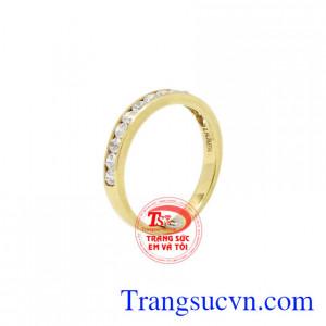Nhẫn nữ vàng độc đáo