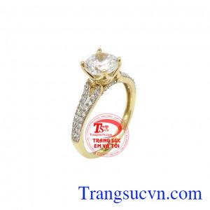 Nhẫn nữ vàng hạnh phúc là sản phẩm được nhập khẩu từ Hàn Quốc với kiểu dáng sang trọng