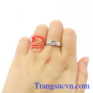 Nhẫn nữ vàng trắng chất lượng đẹp.