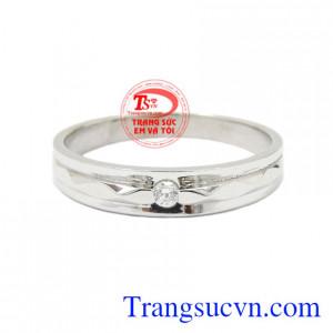 Nhẫn nữ vàng trắng chất lượng hiện đang được nhiều người ưu chuộng.
